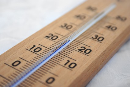 wooden_thermometer_184859
